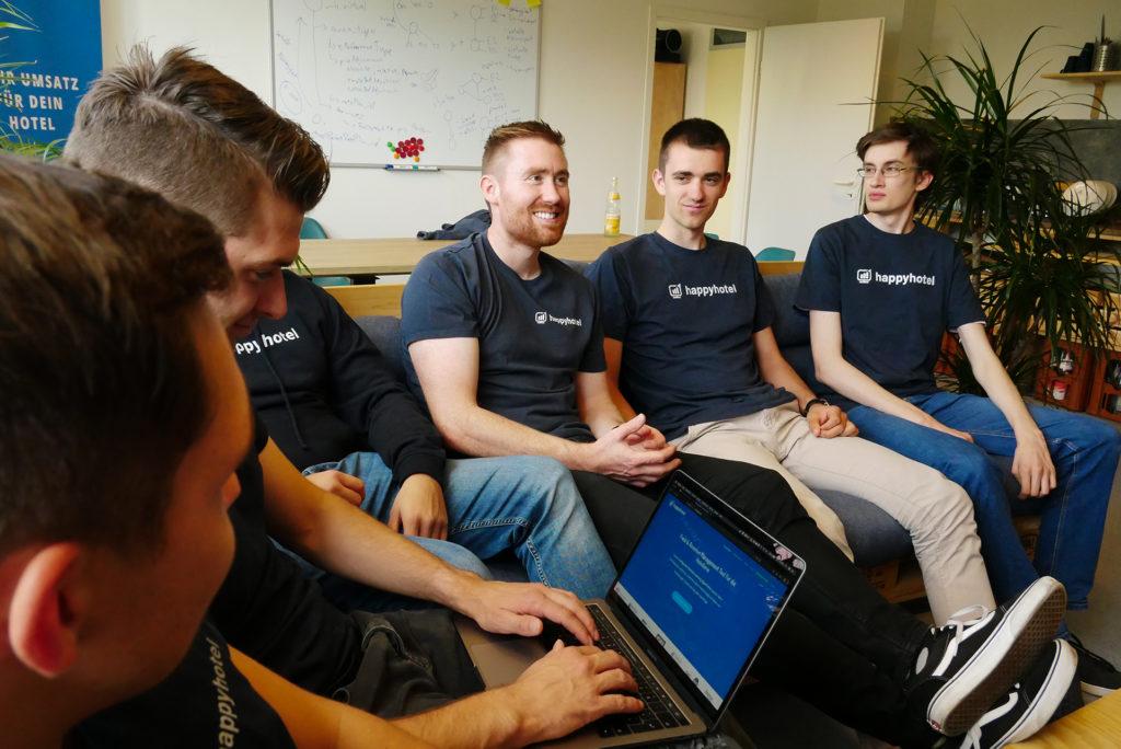 Team_happyhotel_Gruppe